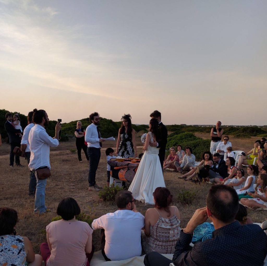 Matrimonio Simbolico Rito Della Sabbia : Matrimonio estate in puglia con il sole